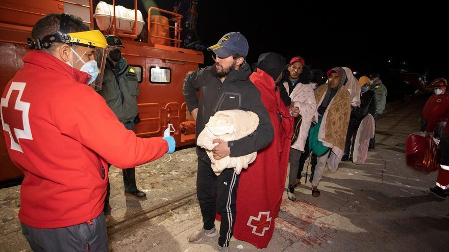 Rescatados del mar 92 migrantes en Gran Canaria, Alicante, Granada y Melilla