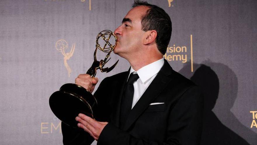 Víctor Reyes, ganador e los Emmy por 'El infiltrado'