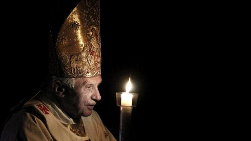 La renuncia del papa monopoliza las cabeceras digitales de medios argentinos
