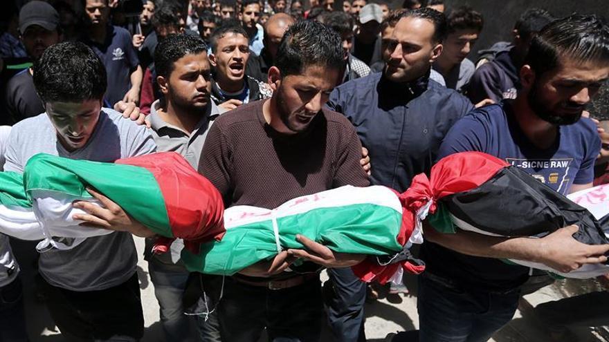 """Hamás culpa a Israel y sus """"cómplices"""" de la muerte de tres niños en un incendio"""