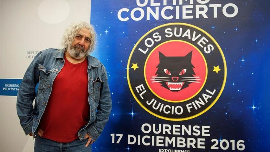 Yosi, cantante de Los Suaves, hospitalizado al caer de escenario en concierto