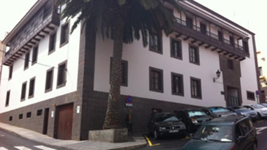 Sede de los Juzgados en Santa María de Guía. (A.G.)