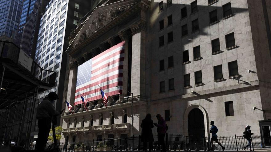 Wall Street abre con ligeros descensos y el Dow Jones pierde un 0,17 %