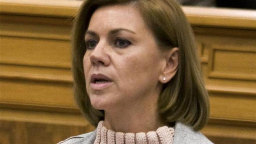 """Cospedal acusa a Sánchez de querer """"dinamitar"""" las reglas del juego en España"""