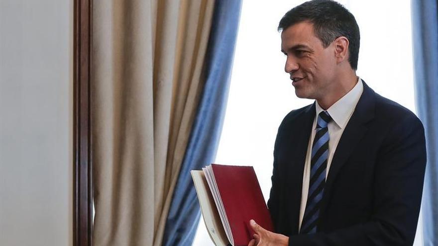 El PSOE rechaza la oferta de Podemos y solo votará a Patxi López