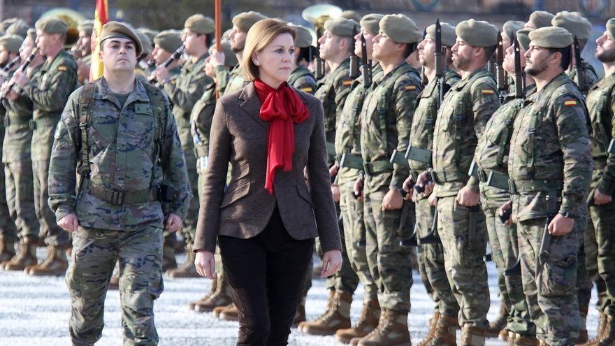 """Cospedal recuerda a Chacón como una ministra de Defensa que """"apostó por unas FFAA profesionales y comprometidas"""""""