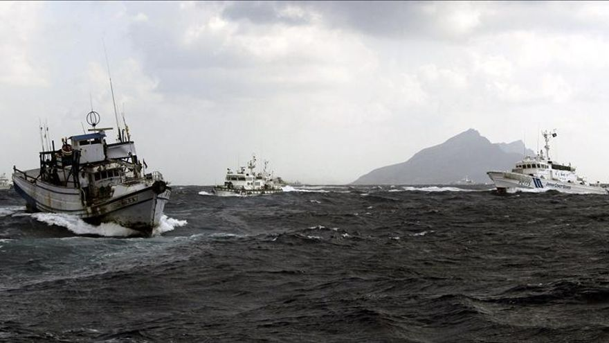 Rescatan a un chino que intentó aterrizar en globo en las islas Senkaku