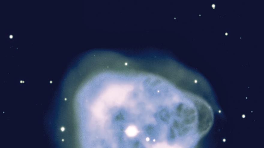 Imagen de la nebulosa planetaria NGC 1514 obtenida con la Wide Field Camera del Telescopio Isaac Newton, del Grupo de Telescopios ING, instalado en el Observatorio del Roque de los Muchachos (Garafía, La Palma). Crédito: David Jones (IAC).