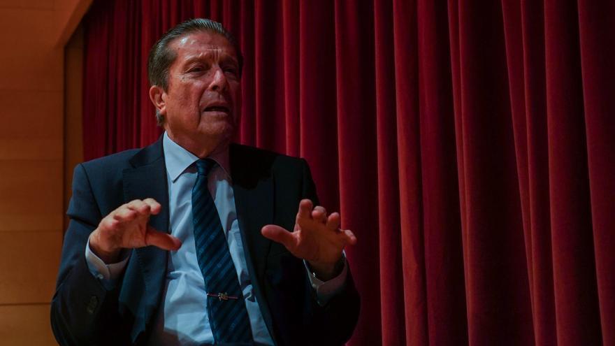 Mayor Zaragoza ha participado en el ciclo de conferencias de L'H Espai de Debat.