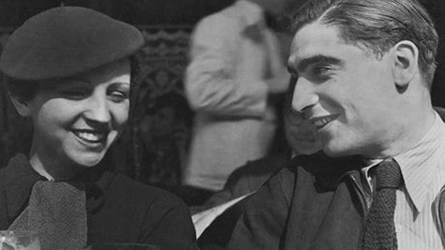 Gerda Taro y Endre Friedmann, ambos Robert Capa