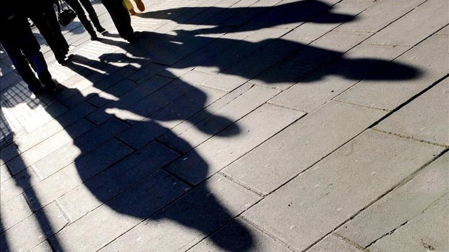 El desempleo en Canadá aumenta al 7,1 por ciento con 35.700 puestos menos en noviembre