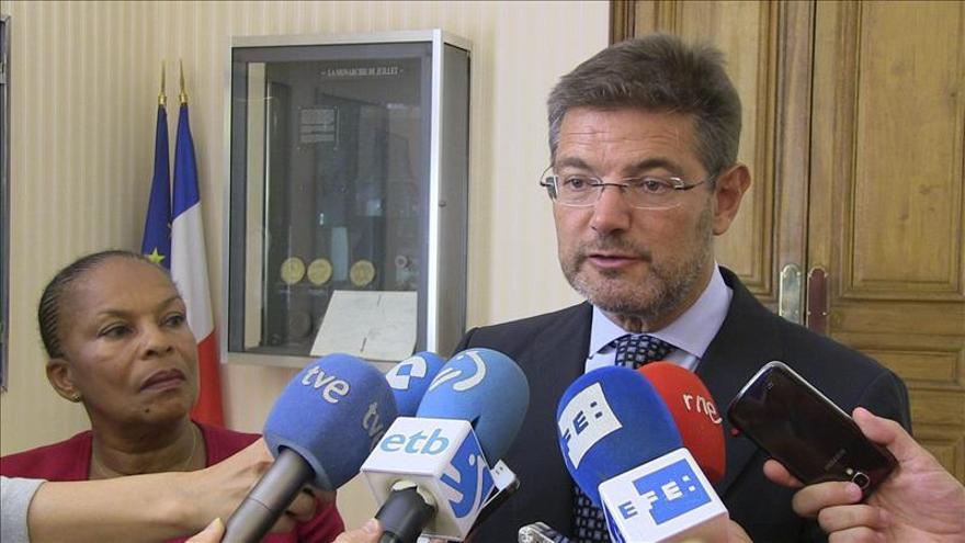 """Catalá """"sorprendido"""" por el rechazo """"tan radical y absoluto"""" a la reforma del TC"""