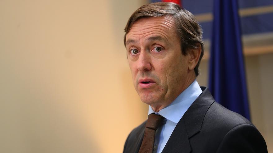 """Hernando (PP) cree que """"algunos se quedaron cortos"""" ayer en el Congreso en sus críticas al Gobierno y Sánchez"""