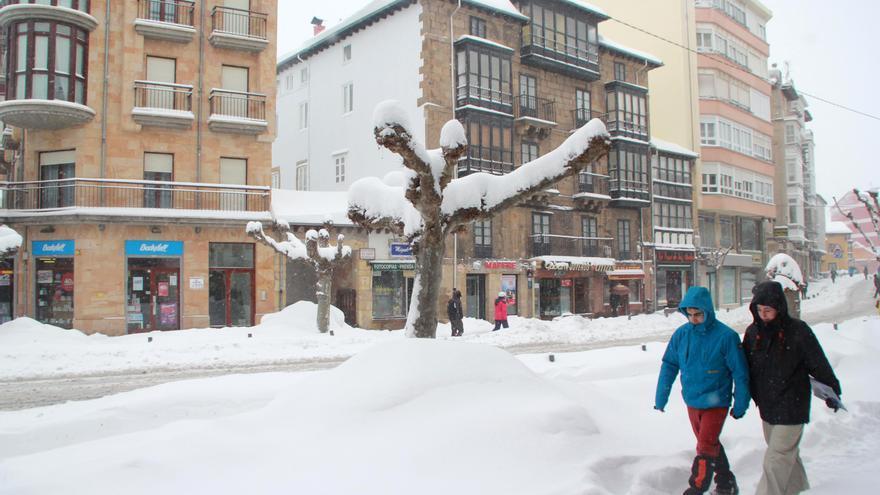 Reinosa es uno de los municipios más afectados por la nieve.