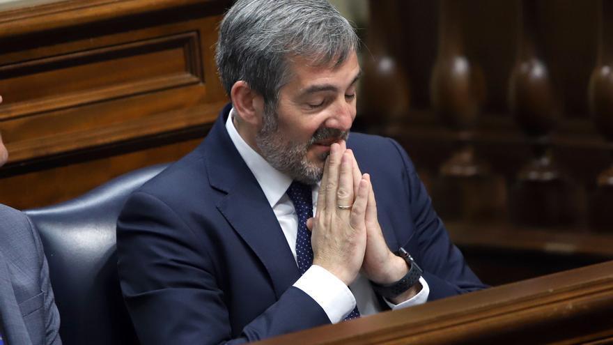 Clavijo, durante su comparecencia en el Parlamento por el caso Grúas