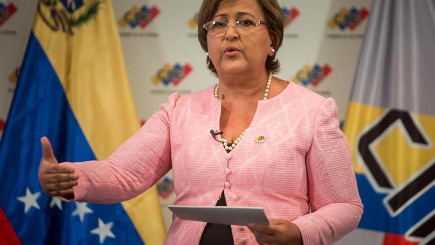 El Poder Electoral venezolano retrasa a 2017 las  elecciones regionales