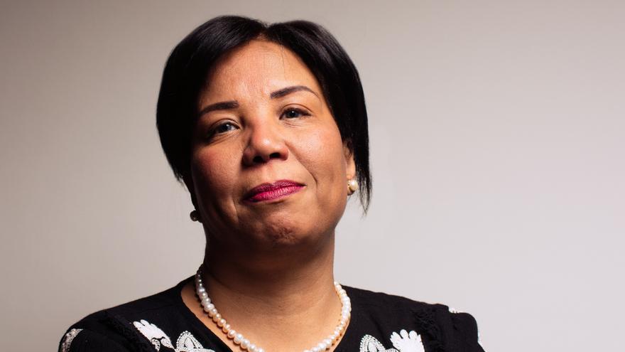 Azza Soliman, abogada que atiende a víctimas de violencia sexual en Egipto / IN-LIGHTING