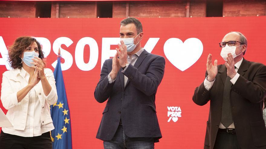 """Sánchez abre campaña con la vista puesta en el fin de la pandemia: """"Madrid tendrá que elegir entre un Gobierno serio o el de Colón"""""""