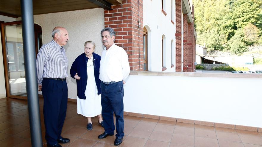El Gobierno estudiará concertar nuevas plazas en la residencia Santa Ana de Terán