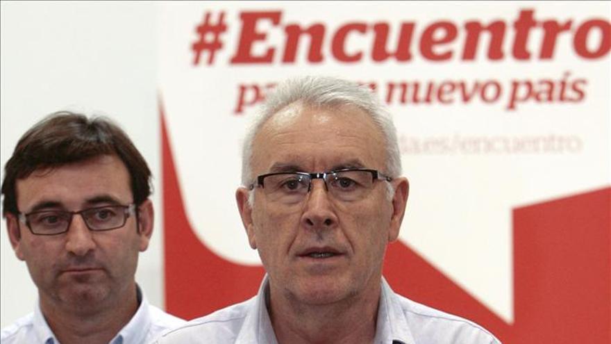 Cayo Lara, favorable a pactos con otras fuerzas políticas en base a los programas