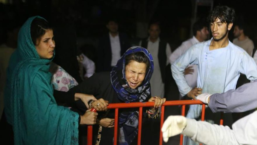 La Policía confirma 63 muertos y 182 heridos en un atentado en una boda en Kabul