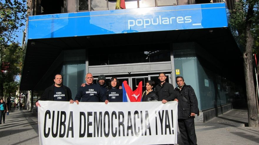 """Cuba Democracia ¡Ya! denuncia la """"traición"""" del Gobierno del PP por la visita de Margallo a la isla"""