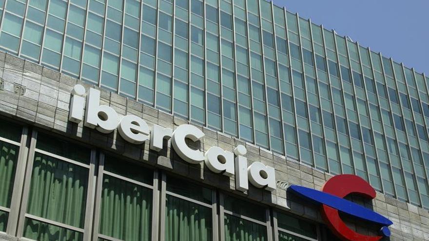 Detalle del logotipo de la entidad bancaria Ibercaja, en Madrid.