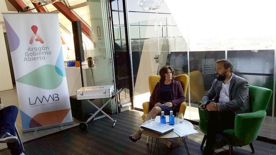 La consejera de Ciudadanía del Gobierno de Aragón, María Victoria Broto, y el director general de Participación Ciudadana, Raúl Oliván