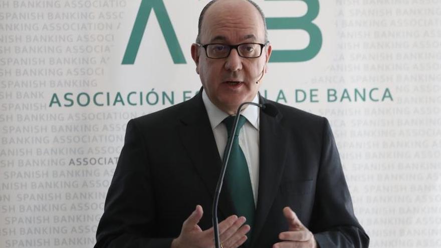 AEB y CECA creen que un impuesto a la banca recaudaría menos de lo esperado