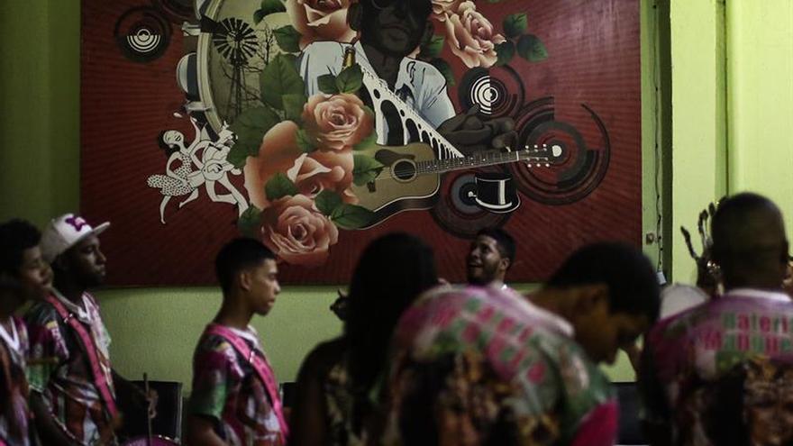 Un desfile en defensa de los indígenas incendia el Carnaval de Río de Janeiro
