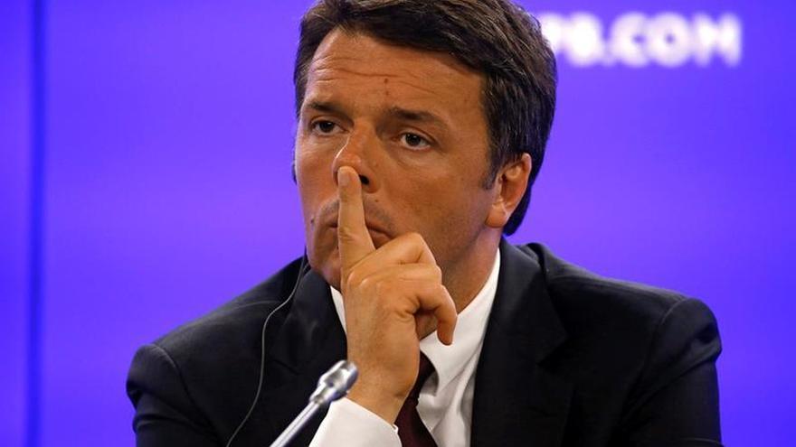 """Renzi lamenta el """"brexit"""" y aboga por una Europa """"más humana y más justa"""""""