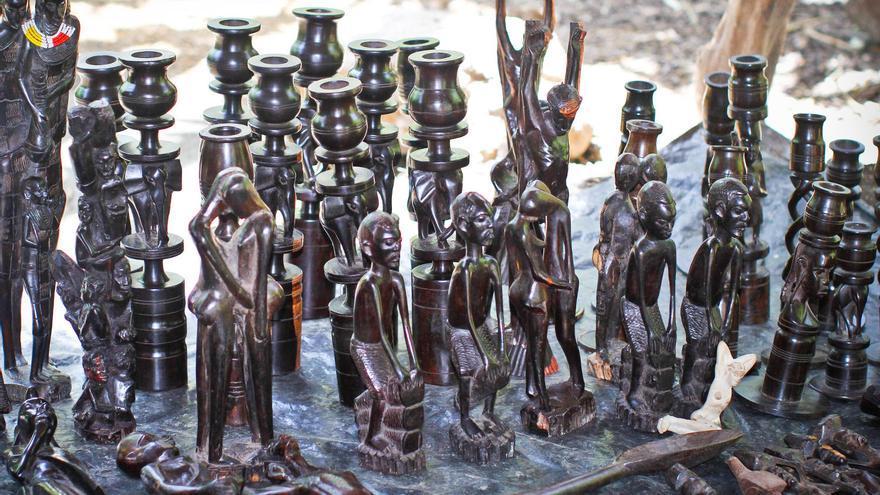 Artesanía Massai en Arusha.