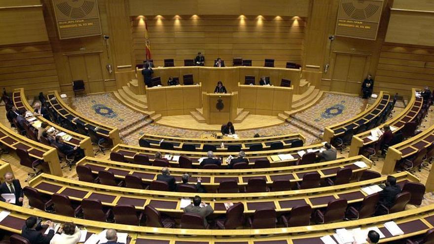 El Senado ratifica el pacto PP-PSOE para el TC con plante de varios grupos