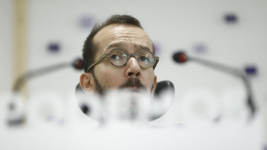 """Echenique se enzarza con unos periodistas por las primarias de Andalucía: """"A ustedes no les veo muy inteligentes"""""""