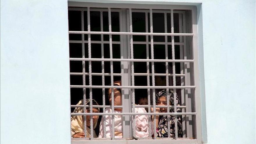 """Aumenta un 50 por ciento el numero de mujeres afganas encarceladas por """"crímenes morales"""""""