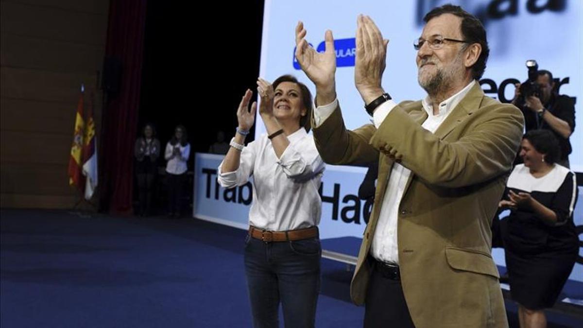 María Dolores de Cospedal y Mariano Rajoy en 2015