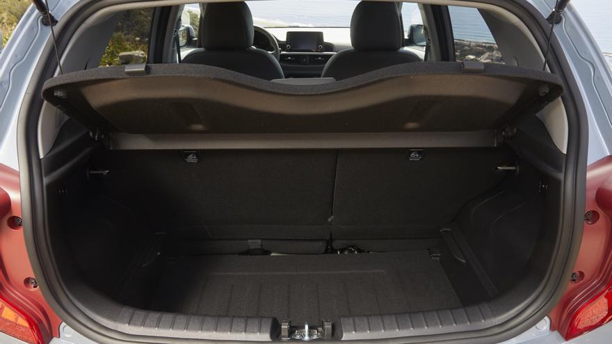 El nuevo Kia Picanto ofrece 255 litros de cofre de maletero.