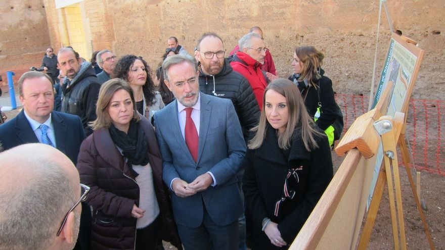 Consejero andaluz de Fomento demanda a Rajoy que levante el peaje de la AP-4 igual que ha hecho en Galicia con la AP-9
