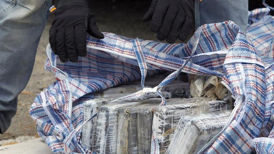 La Policía de Gibraltar y la DEA intervienen 108 kilos de cocaína en un barco