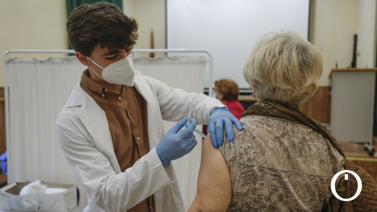 Vacunación en el Centro Cívico Lepanto.