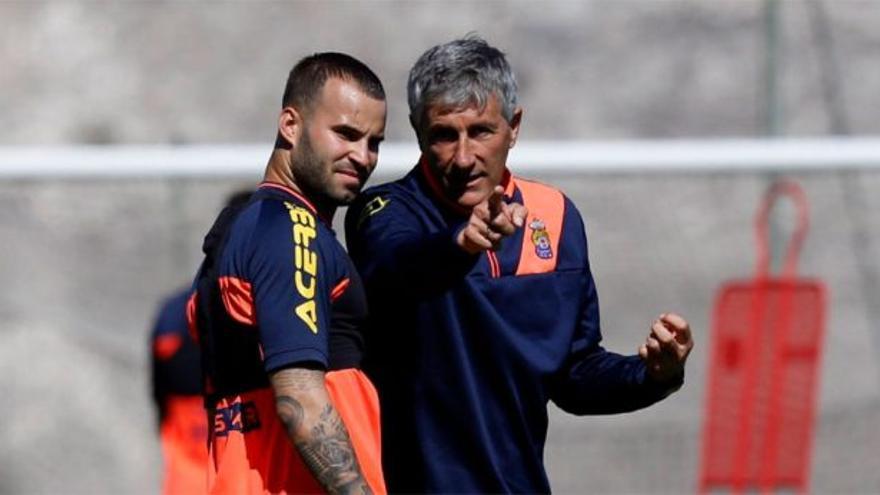Jesé Rodríguez y Quique Setién durante un entrenamiento de la UD Las Palmas.
