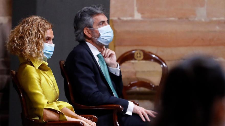 La presidenta del Congreso y el presidente del CGPJ en la ceremonia de entrega de los Premios Princesa de Asturias