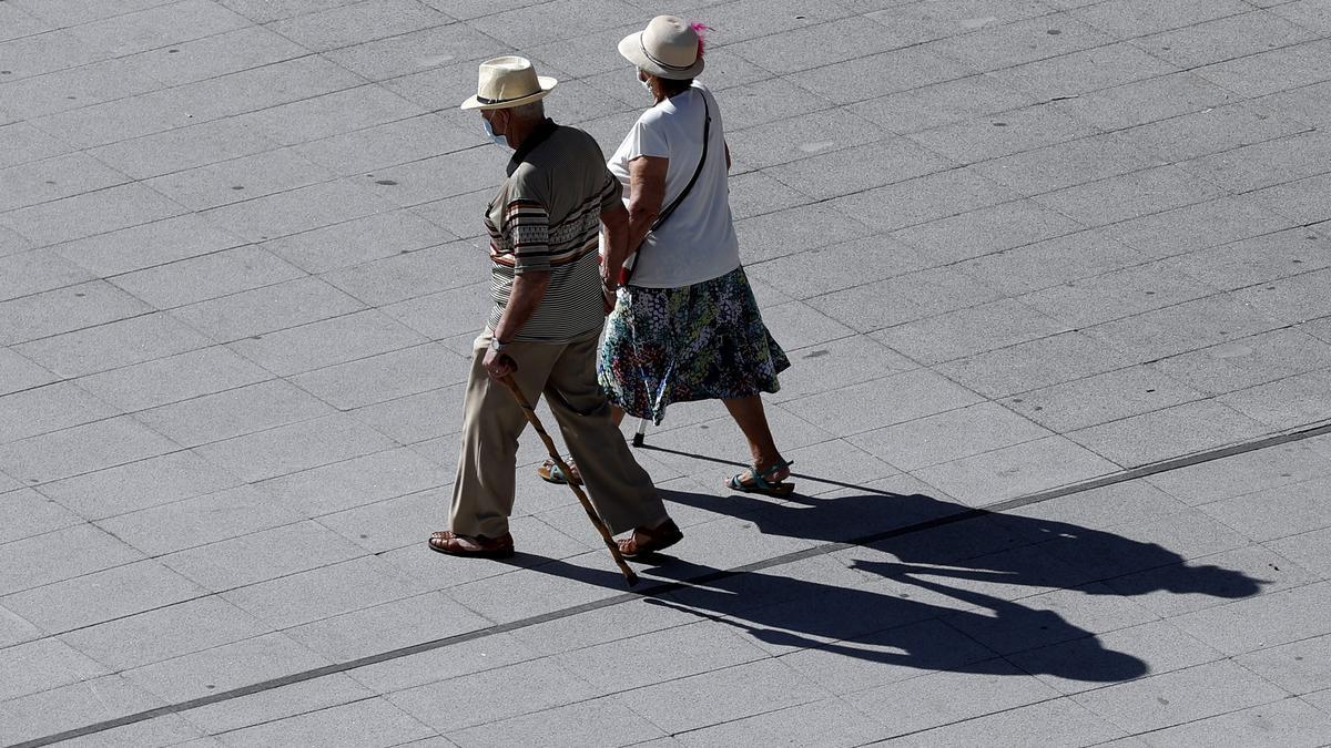 Las mujeres cobran pensiones un 23% menor que la de los hombres en Extremadura