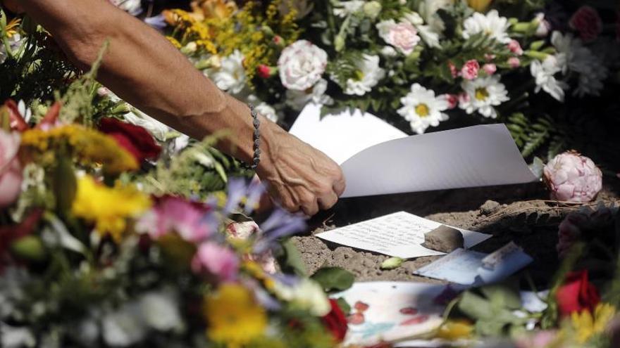 """Roma da su último adiós y un eterno """"gracias"""" al maestro Camilleri"""