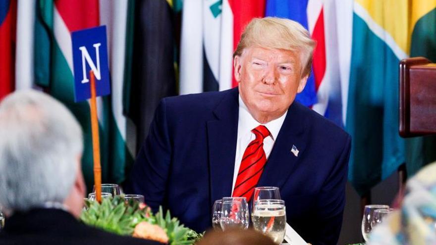 """Trump tacha de """"acoso"""" y """"caza de brujas"""" el anuncio de un juicio político en su contra"""