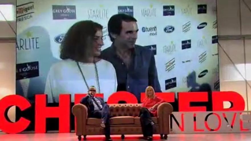 Cifuentes habló en el 'Chester' del 'postureo' de los políticos con sus parejas