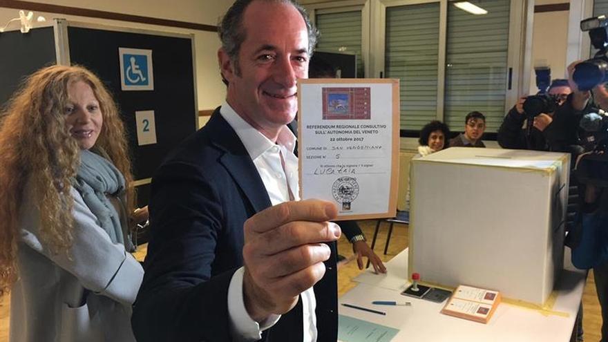 Participación del 9 % en Lombardía y del 21 % en Véneto en el referéndum de autonomía