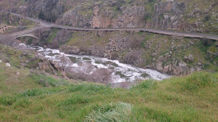espuma río tajo