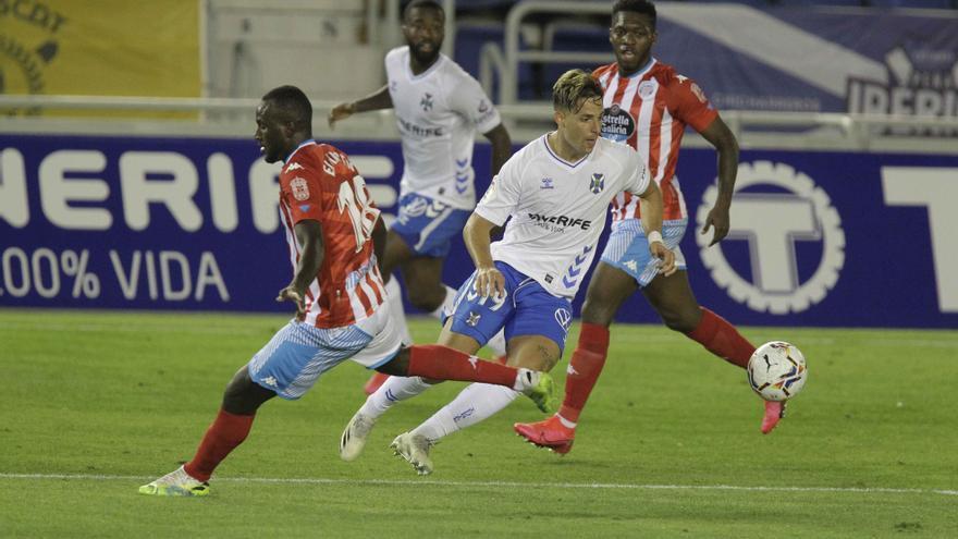 El Tenerife tropieza solo y entrega un empate ridículo ante el Lugo