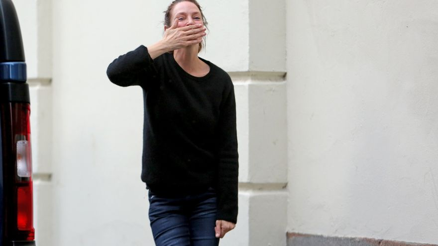 Uma Thurman tras salir del rodaje de 'Down a dark hall'